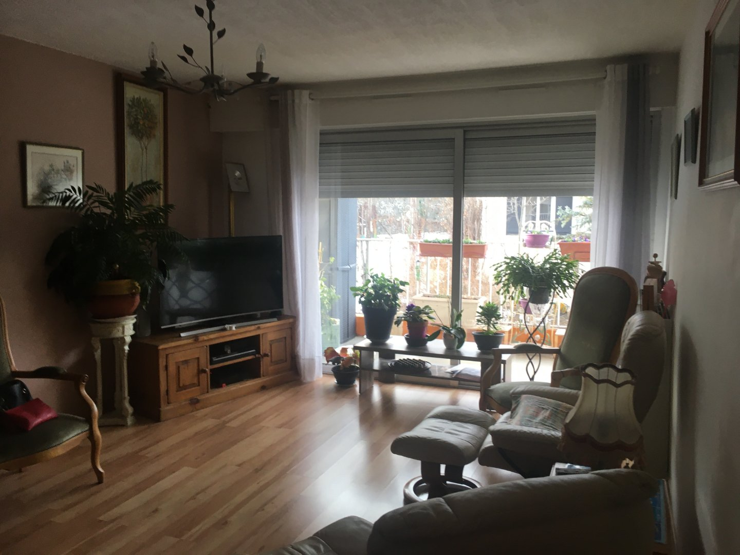 VIAGER OCCUPE A VENDRE - EMBRUN - 68,6 m2 - 120000 €